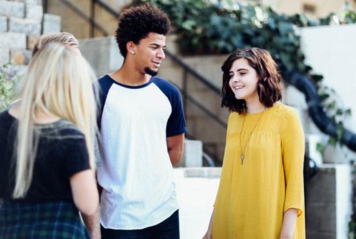 Taller vivencial de jóvenes adoptados/as que han superado conflictos internos y familiares de mucha dificultad.