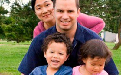 """Adopciones interraciales: """"Familias que llaman la atención"""""""