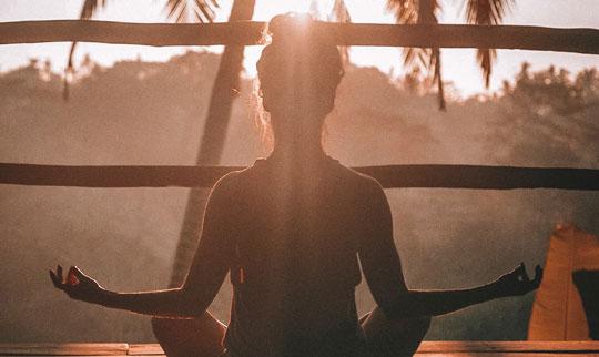 Retiro meditación, Chi Kung y alimentación para aumentar los niveles de energía y calmar la mente.